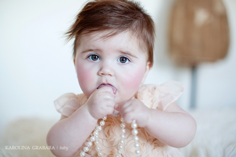 Falkirk baby photographer with pearls
