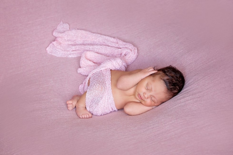 newborn photographer Edinburgh baby on pink blanket