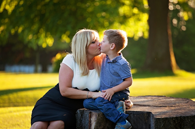 family photographer Dunfermline mum with son