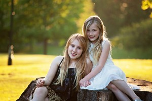 family photographer Dunfermline two sisters