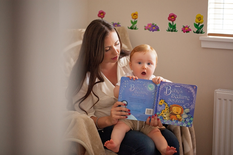 baby photographer Dunfermline baby reading book