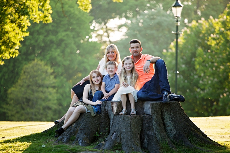 family photographer Dunfermline in the park